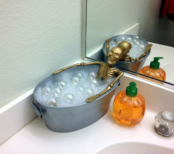 Skeleton Bath