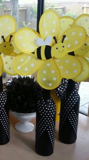 Bumble Bee Wine Bottle Centerpiece