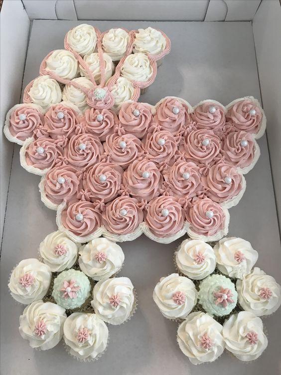 Stroller cupcake cake
