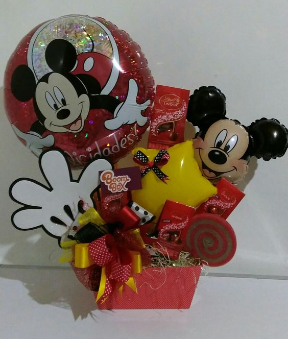 Mickey Basket