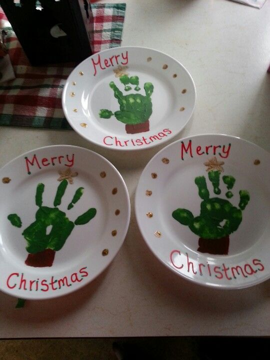Handprint Christmas Plates